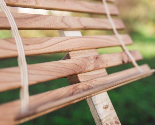 Lessenaar of muziekstandaard van iepenhout en esdoorn
